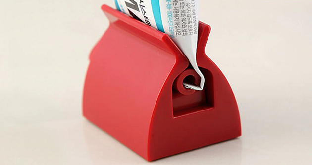 Toothpaste Stand & Squeeze
